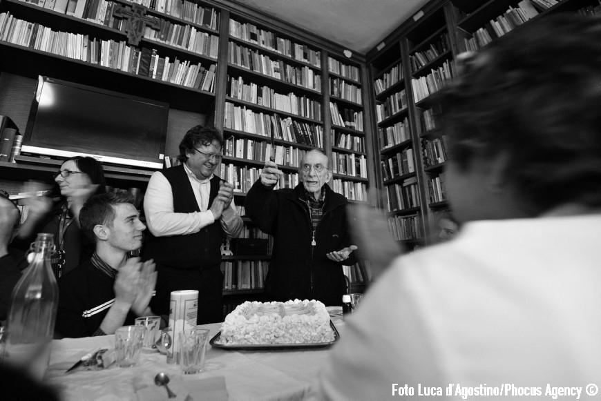 Genova, 24/04/2012 - A Forza di essere Vento - Viaggio con il Coro Le Colone di Mortegliano verso Genova - Comunita